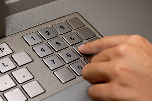 Как узнать пароль (кодовое слово) от карты МТС Банка