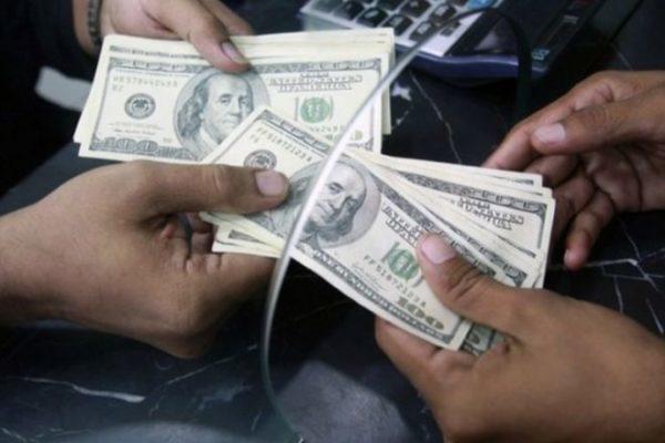 Как снять доллары с карты Сбербанка, можно ли снять в банкомате