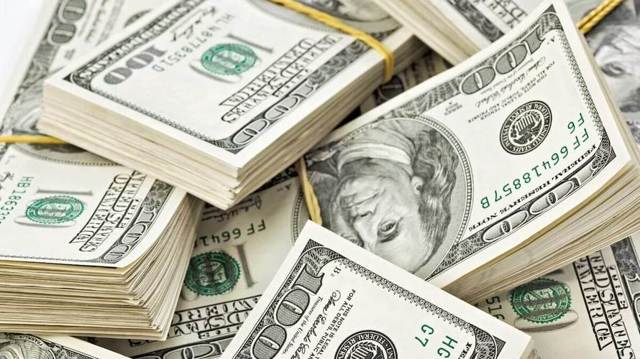 Как с карты Тинькофф снять валюту: доллары, евро